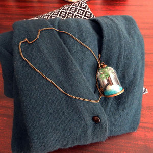 NWT Deserted Island Ocean Paradise Cloche Necklace